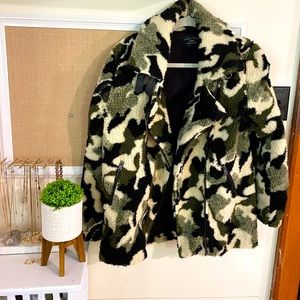 Love Tree: Army Fleece Jacket - Never Worn!